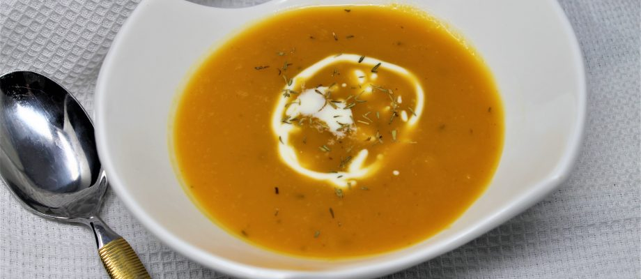 Healthy and Creamy Butternut Squash Soup