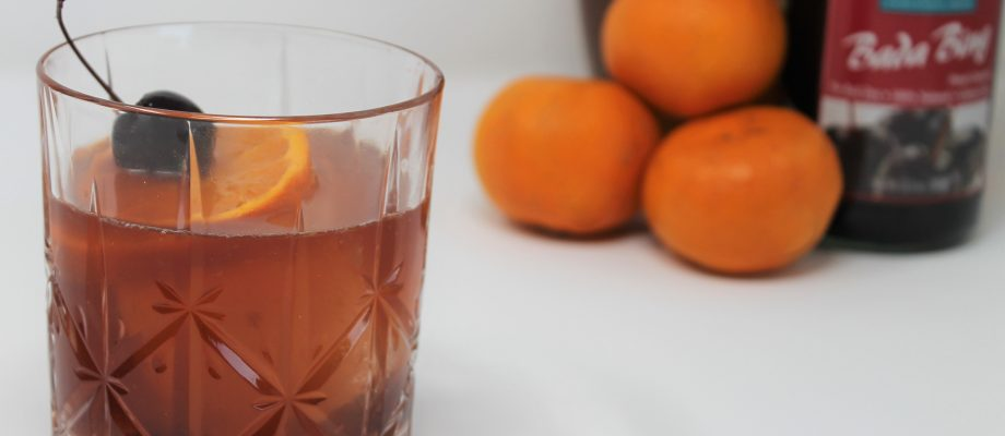 The Best Old Fashioned with a Secret Ingredient – Perfect Drink for Fall!